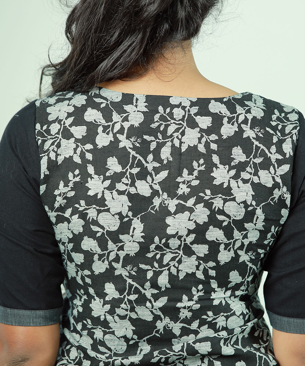 black and floral contrast kurti- 2950 (2)