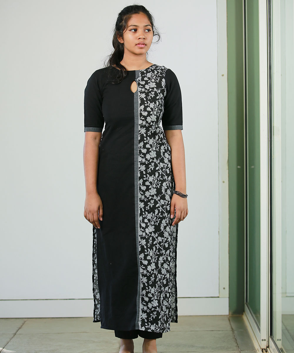 black and floral contrast kurti- 2950 (3)
